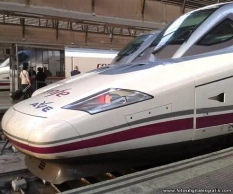 Tren de Alta Velocidad Español - AVE -