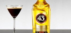 Café especial com licor 43