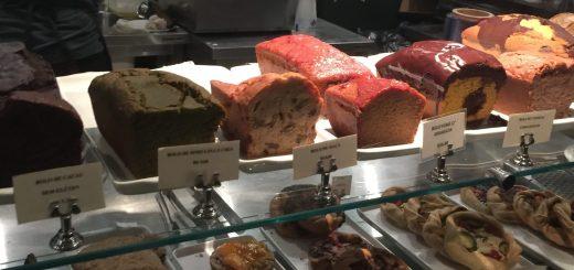 Cakes e pães deliciosos