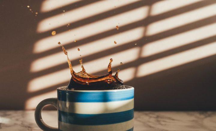Tamanho da xícara muda sabor do café