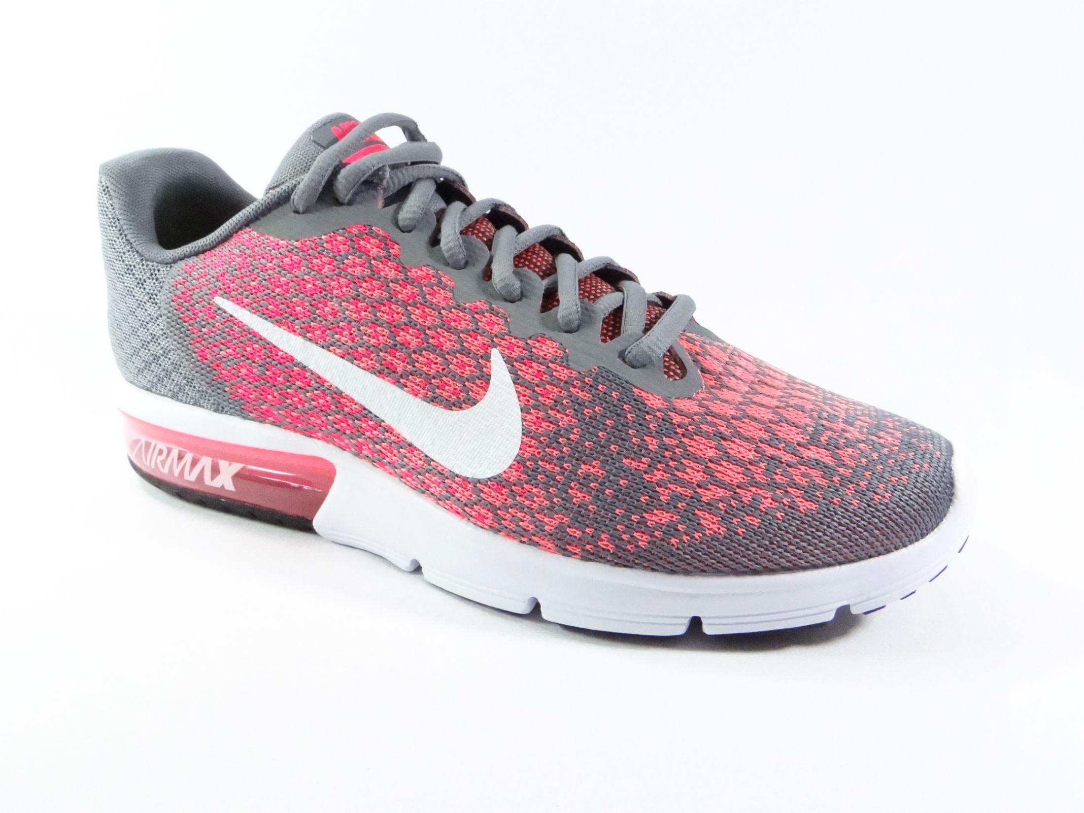 d1d2c4ef5c8 Tênis Nike feminino para Correr  veja modelos e melhor preço!
