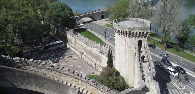 Onde ficar em Avignon, França? Melhores bairros e hotéis!