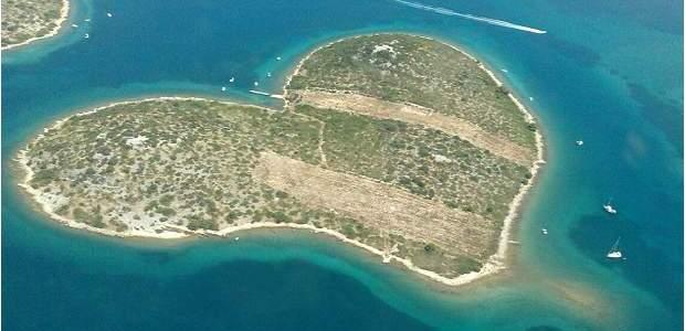 As 10 Melhores Ilhas da Croácia: Paraíso no Mar Adriático!