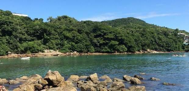 Praia da Sepultura em Bombinhas: O Paraíso!
