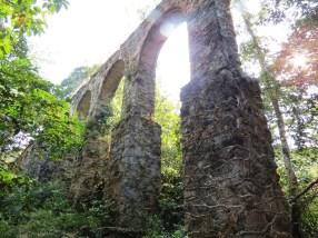 Trilha do Aqueduto e Cachoeira da Feiticeira