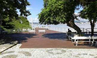 Deck da Praia do Bom Abrigo