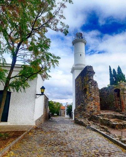 Faro de Colonia