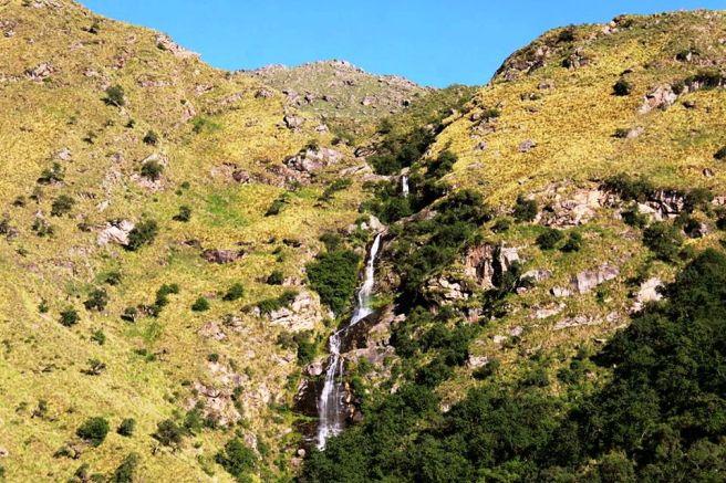Cascada de Los Alisos