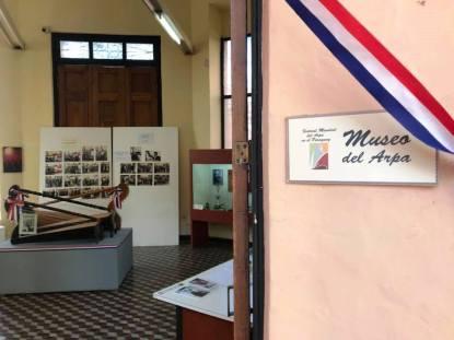 Manzana de la Rivera/ Museo del Arpa