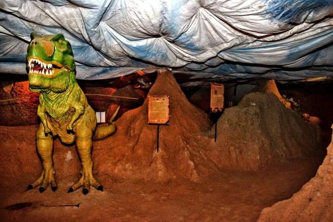 Huilassik Park Museo Prehistórico