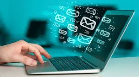 Divulgar através de Email Marketing