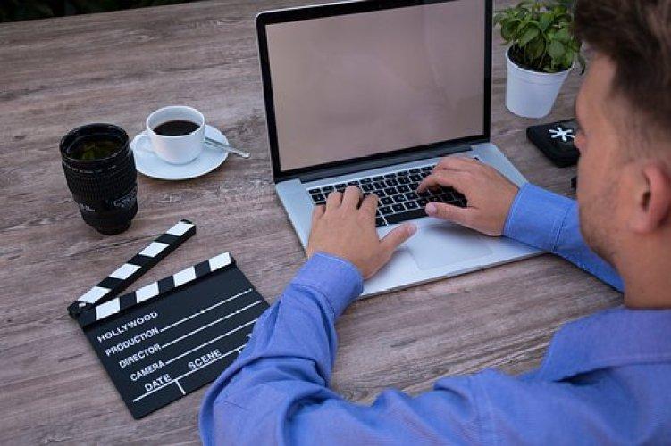 trabalhar na internet e ganhar dinheiro de verdade produtor digital