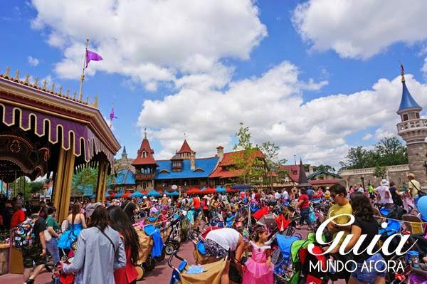 Magic Kingdom lotado