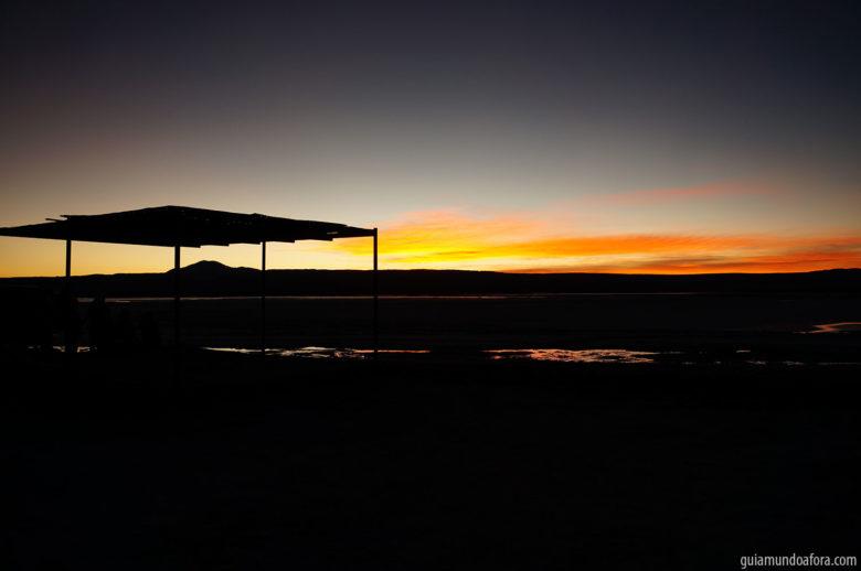 Por do sol na Laguna Cejar