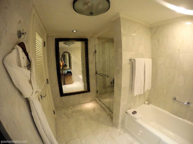 Banheiro do Hotel Ritz Carlton Orlando
