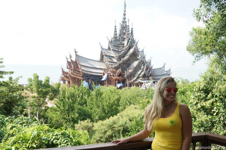 Sanctuary of Truth em Pattaya na Tailândia