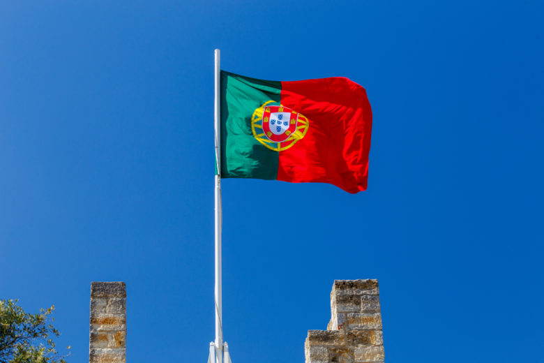 Bandeira de Portugal, país que tem o programa TAP Portugal Stopover