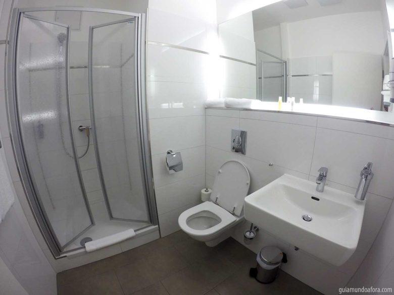 banheiro hotel em Berlim