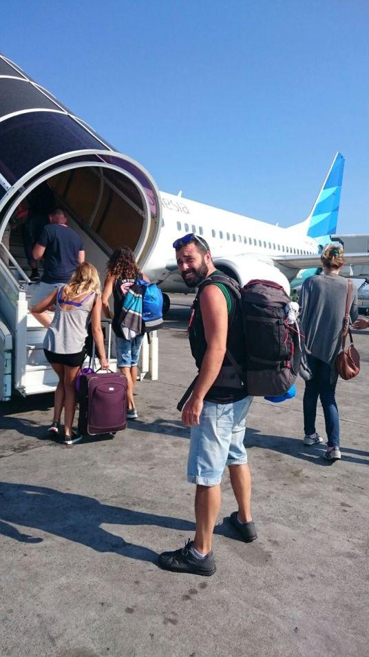 Preparados para nuestro viaje a Bali.