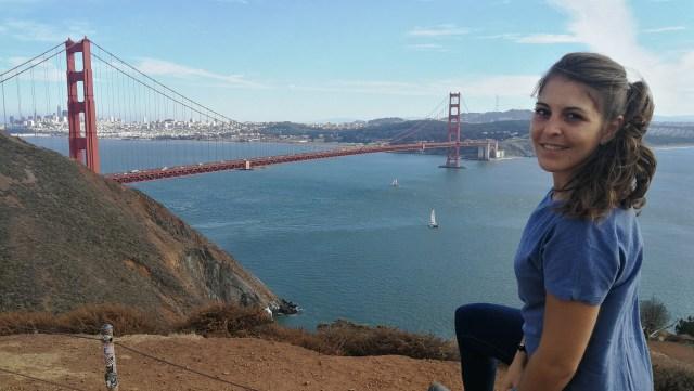 El mirador del lado norte del puente es el que ofrece mejores vistas, ya que tienes toda la ciudad de fondo.