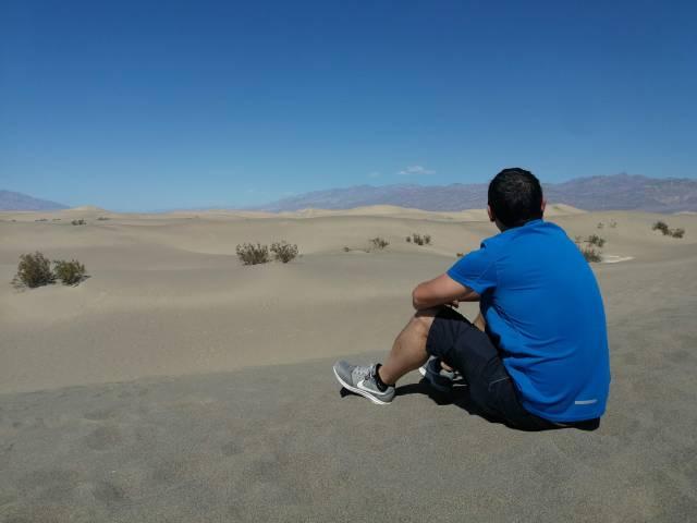 Un desierto, no mas, pero este es en Mojave. Aquí se rodó Star Wars