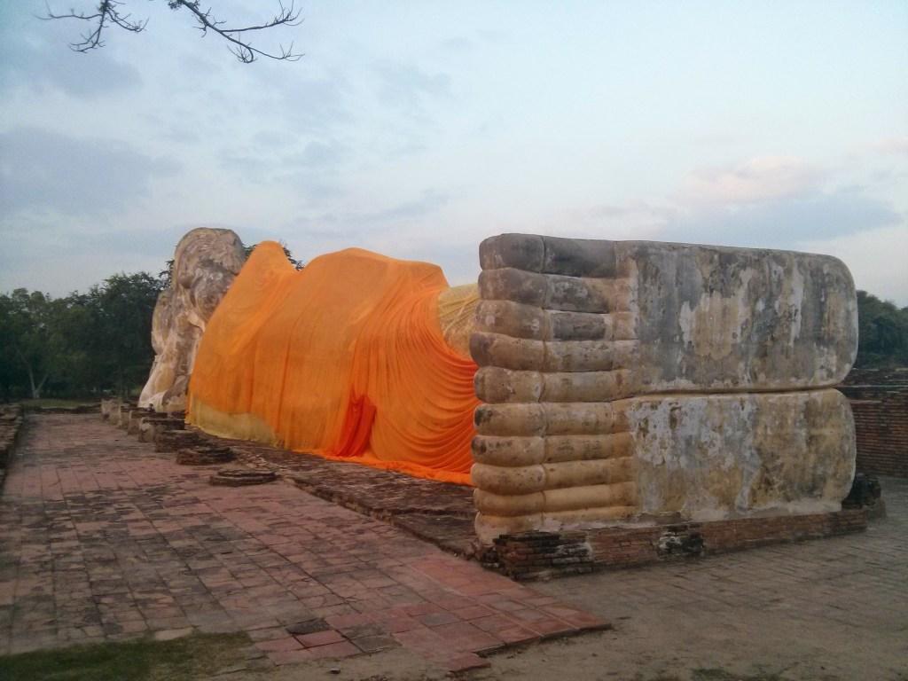 gran buda de ayutthaya