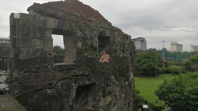 Visitar Intramuros en Manila. La gran mayoría se encuentra reconstruida.