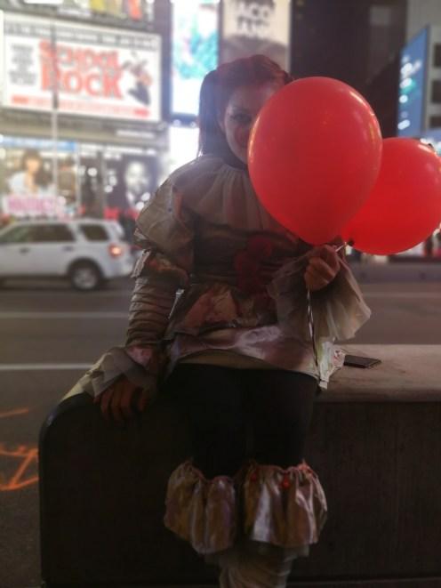 Pennywise, el payaso de It en Nueva York para Halloween en Estados Unidos