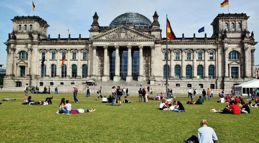 Cómo visitar gratis y subir a la cúpula de Foster en Reichstag ...