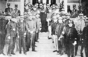 Militares que respaldaron a los hermanos Tinoco a dar el golpe de Estado al Gobierno del Lic. Alfredo González Flores.