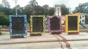 Placas del Obelisco en La Sabana.