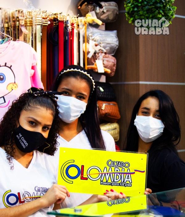 Trabajadoras en la tienda de calzado en Turbo Calzado Colombia