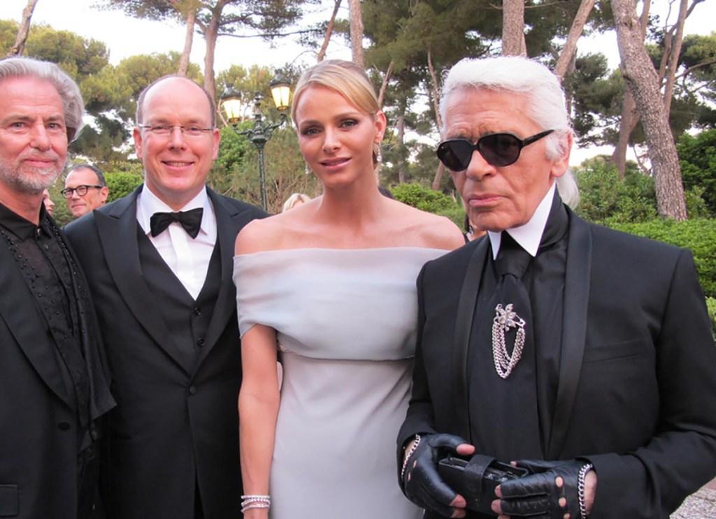 Lagerfeld con i reali di Monaco, foto da Wikipedia