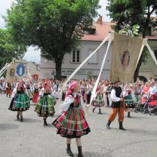 Corpus Domini festeggiato a Łowicz permette di conoscere bene le tradizioni e il folklore della regione.