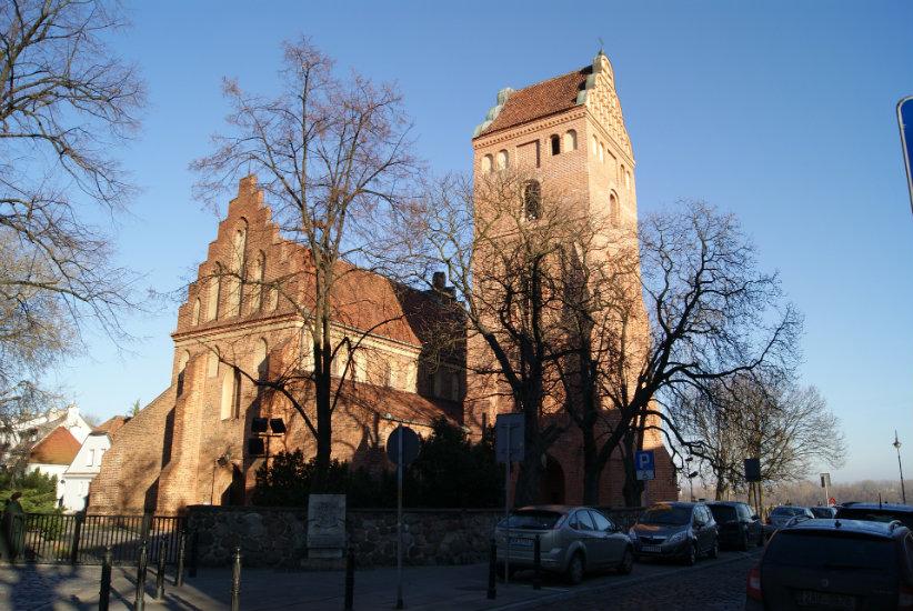Varsavia offre numerosi chiese di grande valore storico ed artistico – prendi il tour Pellegrinaggio a Varsavia.