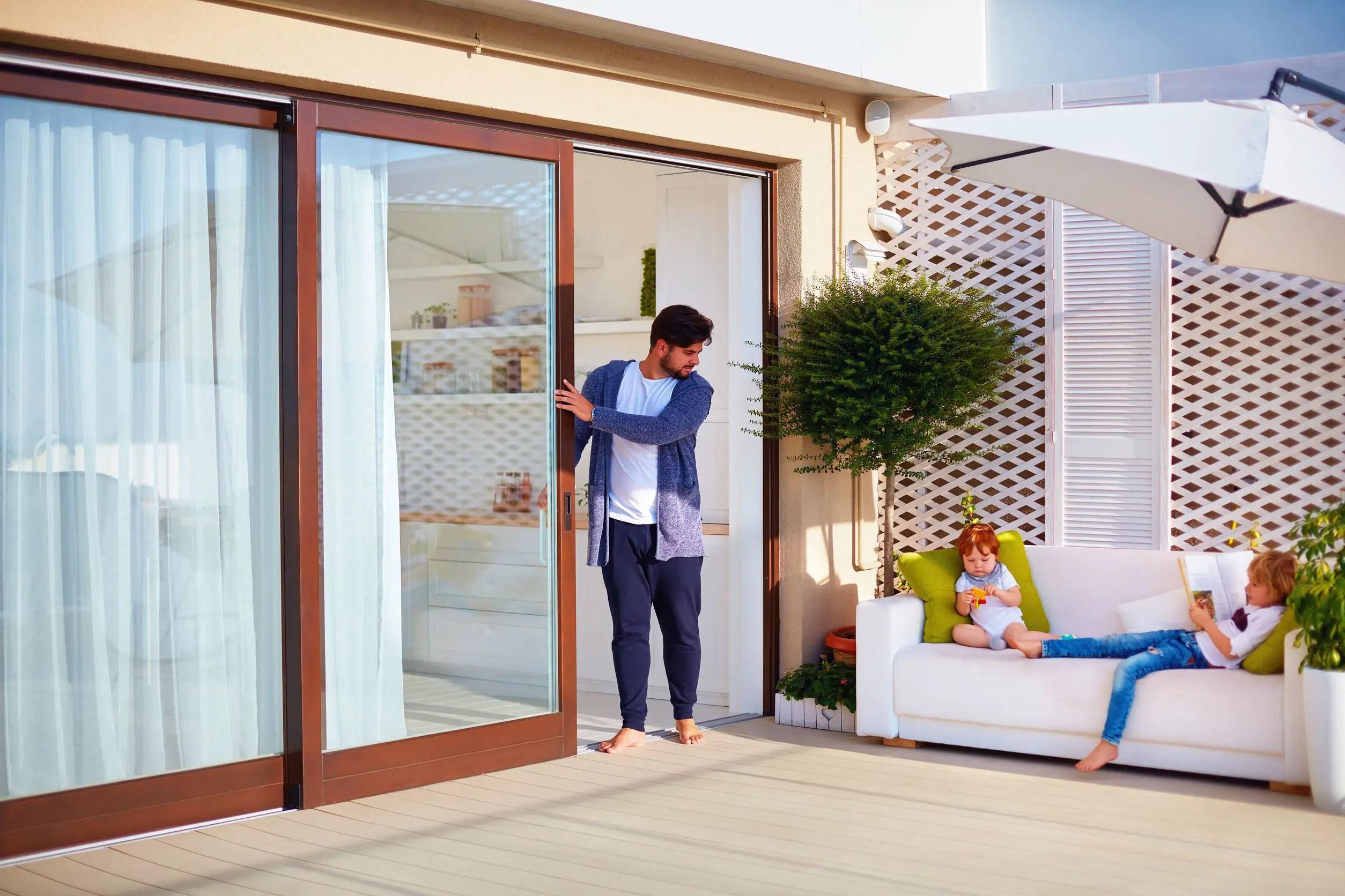 prix d une porte coulissante en verre