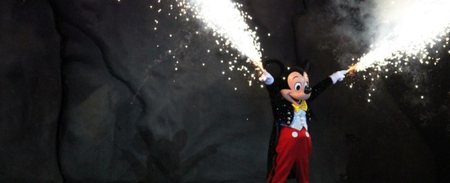 Fantasmic- Mickey Mouse - Disney World