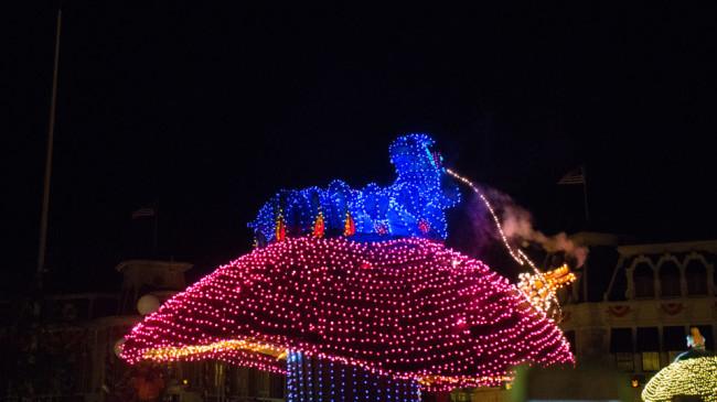 Caterpillar - Main Street Electrical Parade - Disney World