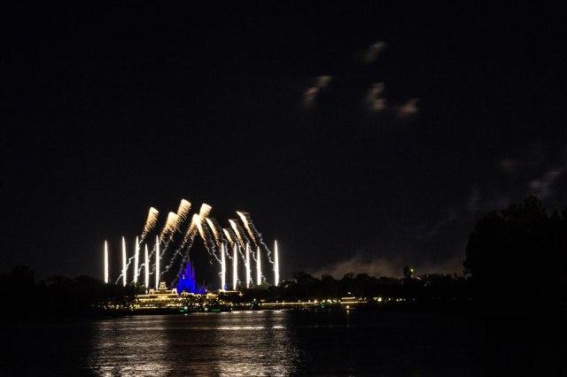 Magic Kingdom Fireworks from TTC - Disney World Freebies