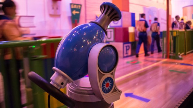 Toy-Story-Midway-Mania-Disney-Worlds-Best-Ride