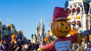 Scarecrow Pumpkin - Magic Kingdom