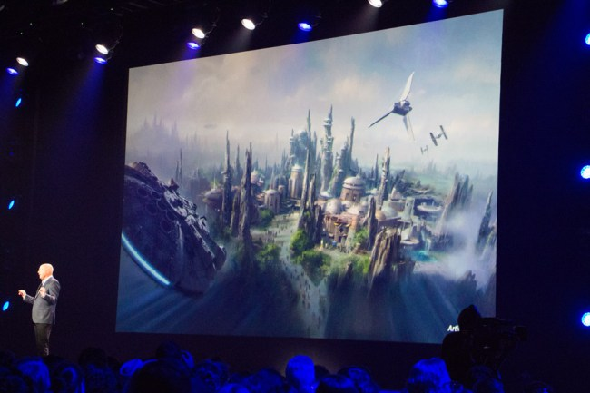 Star-Wars-Land-1---D23-Expo-2015-Guide2WDW