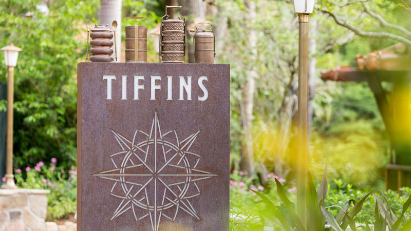 Tiffins - Animal Kingdom - Tables in Wonderland Restaurant