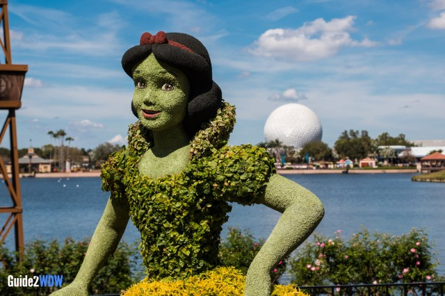 Snow White Topiary - Topiaries at the Epcot Flower and Garden Festival