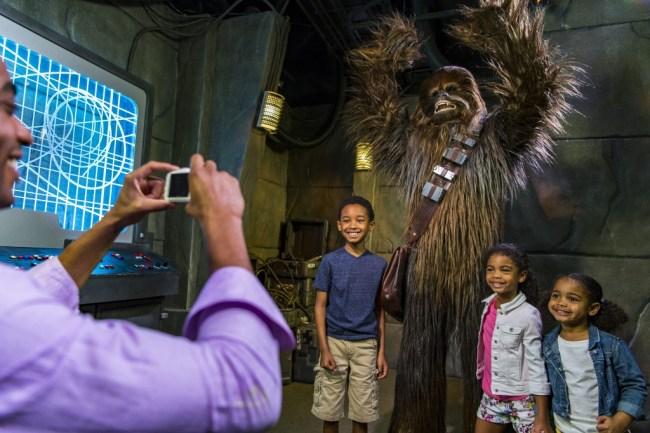 Meet Chewbacca - Star Wars Launch Bay