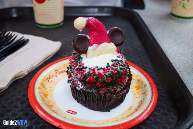 Christmas Cupcake - Disney World