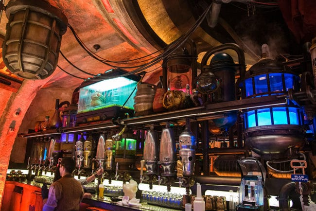 Bar - Oga's Cantina Review - Star Wars Galaxy's Edge - Guide2WDW