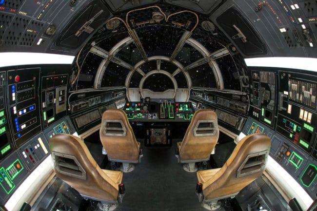 Millennium Falcon: Smuggler's Run Review