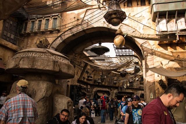 Marketplace - Star Wars Galaxy's Edge - Disneyland- Guide2WDW