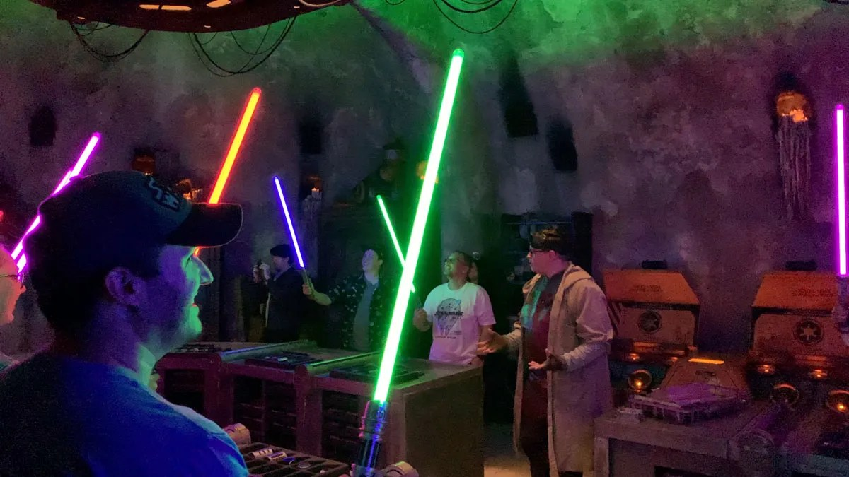 Reservations now available for Savi's Lightsabers, Oga's Cantina, and Droid Depot at Disney World
